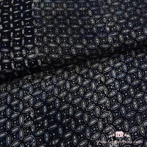 Viscosa negro batik petalos