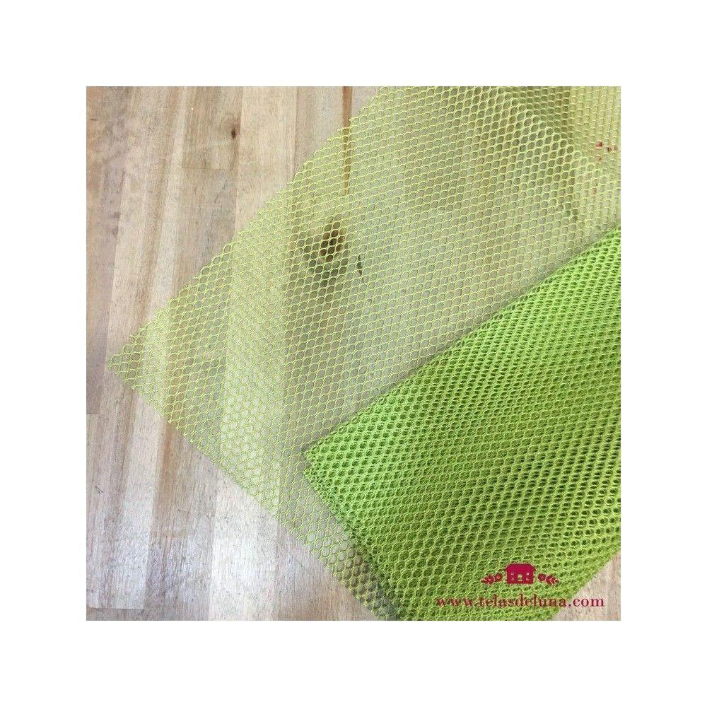 Tela de red verde y cinta