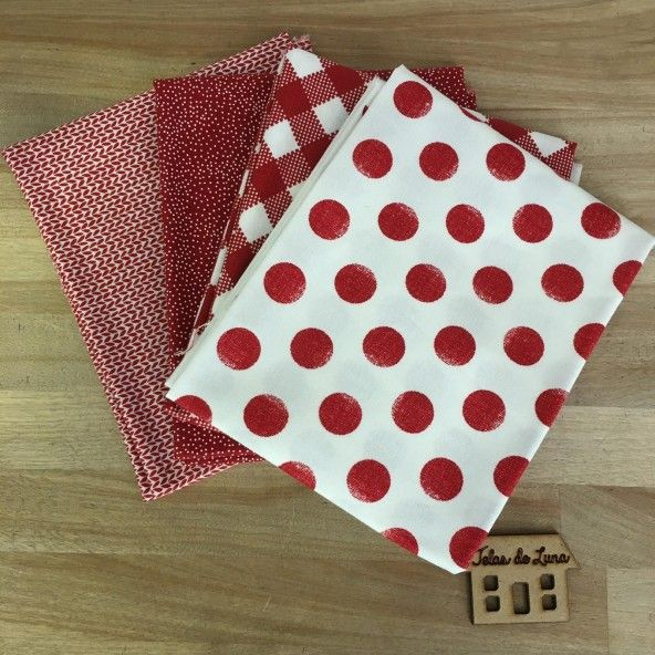 Fat quarter topos rojos