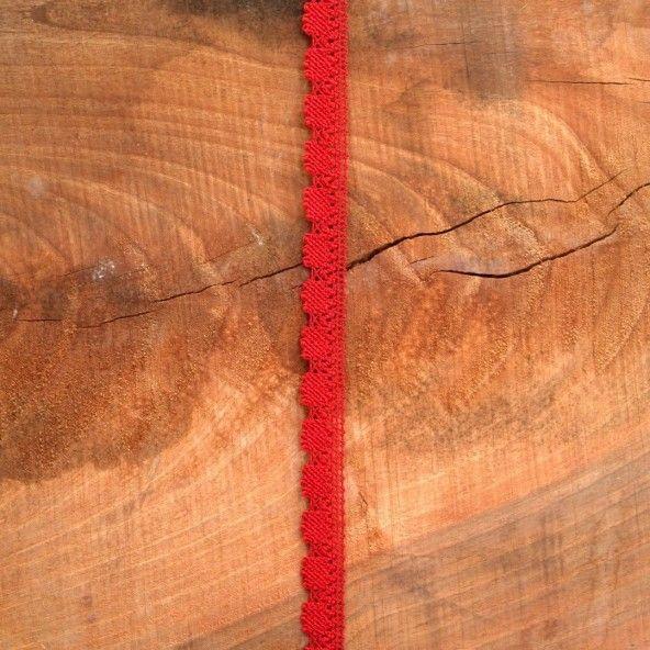 Puntilla roja 16 mm