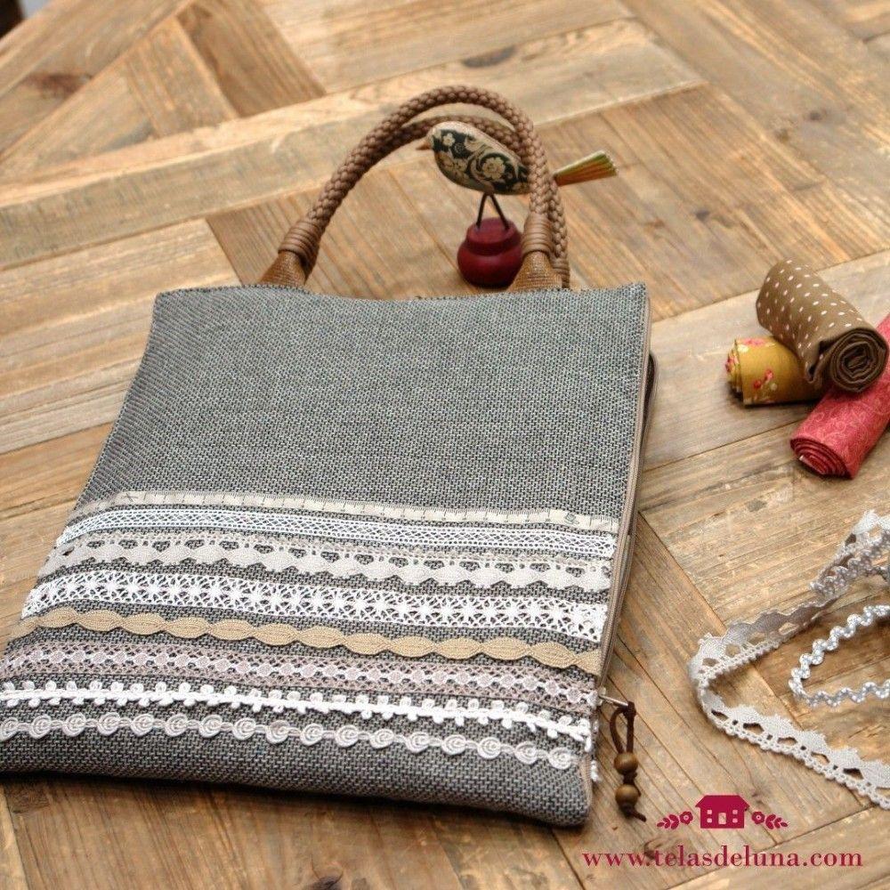 Kit Maletín de costura / con telas