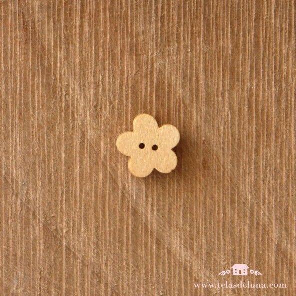 Botón decorativo madera flor
