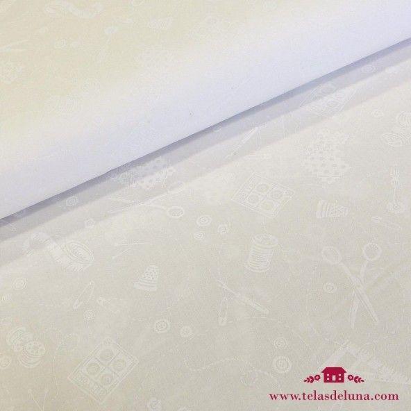 Tela blanca costura tijeras botones blancos