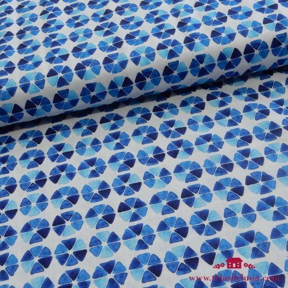 Tela flores diferentes azules
