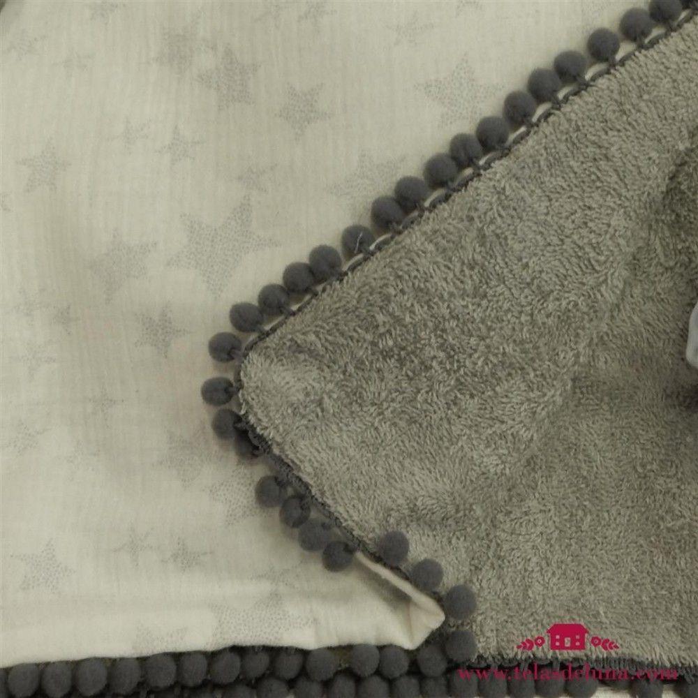 Arrullo gris para bebé