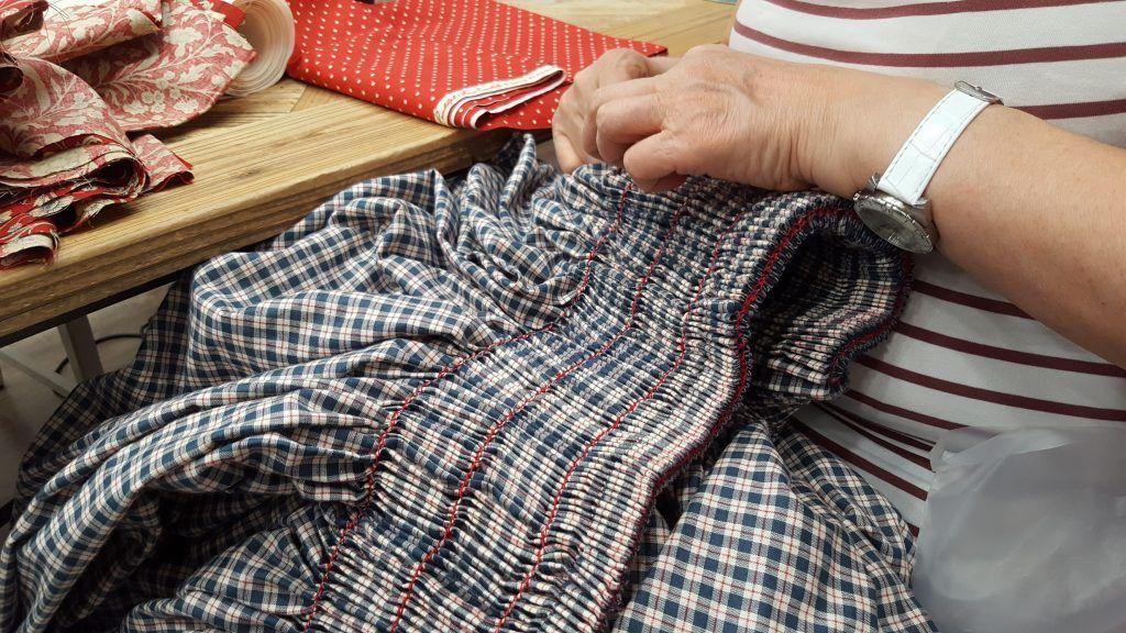 curso indumentaria aragonesa detalle de la costura
